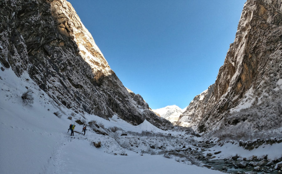 Approaching Machhapuchhre Base Camp ( 4 100m) with Manish