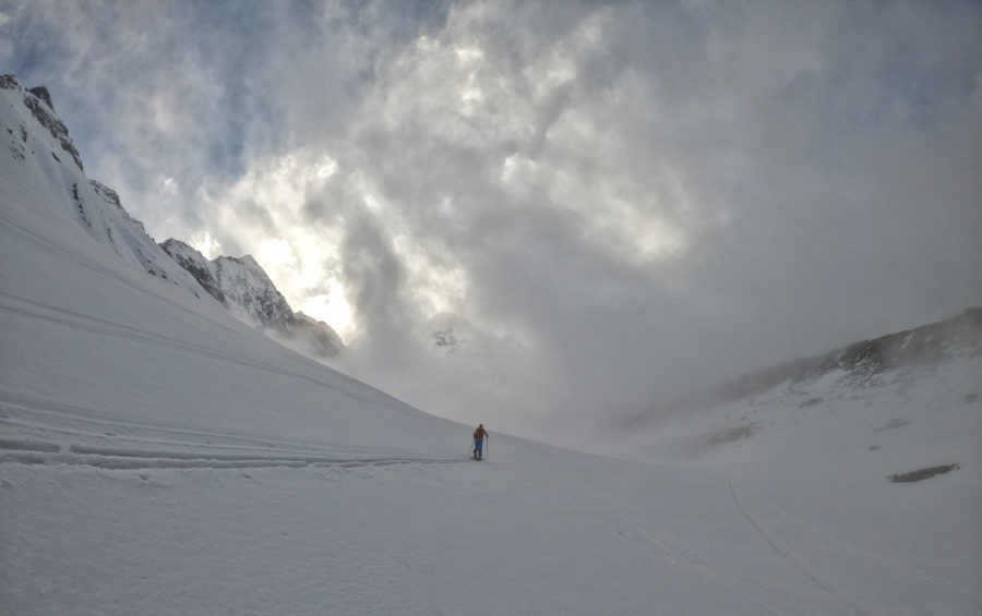 Playing in the clouds with Vinayak from MBC to Annapurna Base Camp, 4 200m